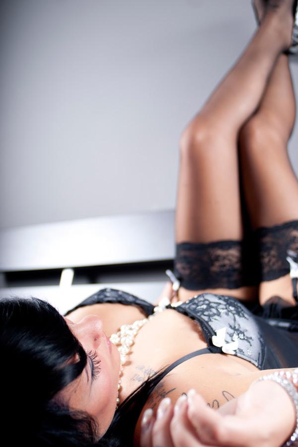 boudoir-pearlsandlace-01